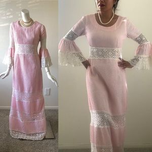 Vintage 70s pink Mexican Wedding Dress Floral